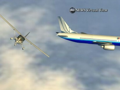 VIDEO: Small plane comes within 300-feet of colliding midair with a packed jumbo jet.