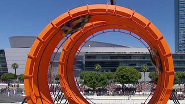 VIDEO: Drivers earn world record for driving through the tallest loops ever.