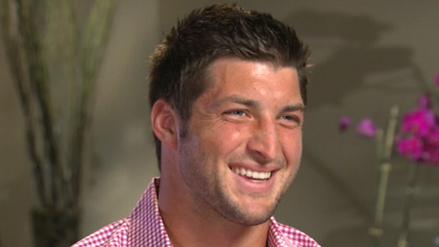 Awe Inspiring Tim Tebow Says Football Comes After Faith And Family Abc News Hairstyles For Women Draintrainus