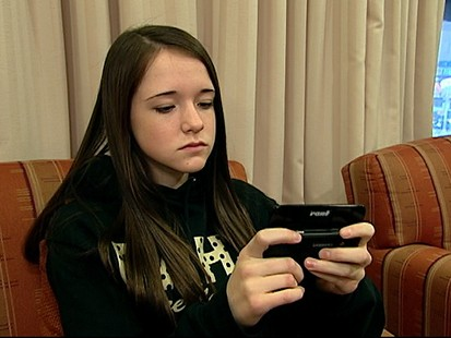 VIDEO: Teens Say Sending Thousands of Texts Is Normal; What About Parents?