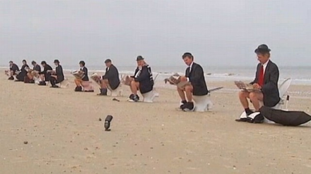 Beachgoers dropped their pants to protest a lack of public toilets.