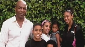 VIDEO: The boxing stars daughter died after a freak accident at home.
