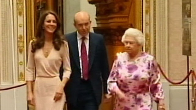 VIDEO: Duchess of Cambridges parents sold tea pots, plates donning the queens face.