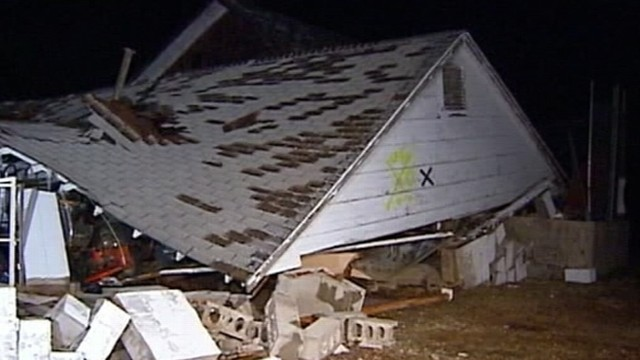 VIDEO: Sam Champion reports on the tornado outbreak in Americas heartland.