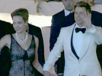 A picture of Brad Pitt and Angelina Jolie.