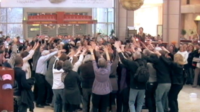 VIDEO: Flash Mob Wedding