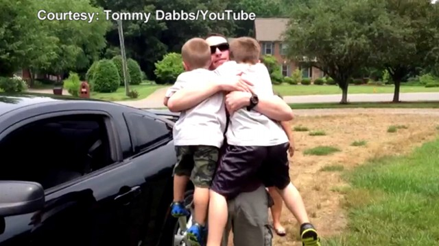 VIDEO: Teagan Gregg, 6, cried when he learned of his dads return from Afghanistan.