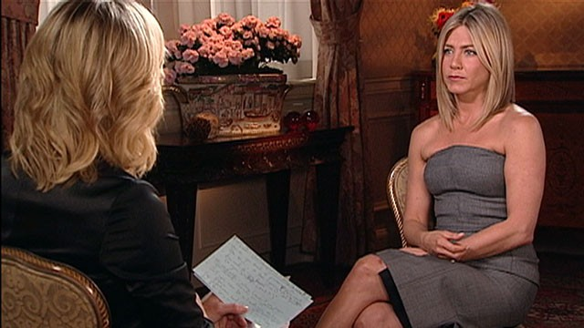 PHOTO: Jennifer Aniston appears as guest on