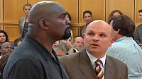Photo: Football Hall of Famer Lawrence Taylor Arrested for Rape: Former Giant Accused of Attacking Teenage Runaway