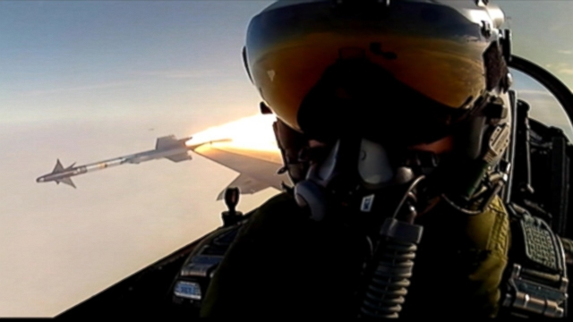 "VIDEO: ""Selfie"" taken in an F-16 fighter jet while a missile was being released is actually a screenshot from a 2012 video."
