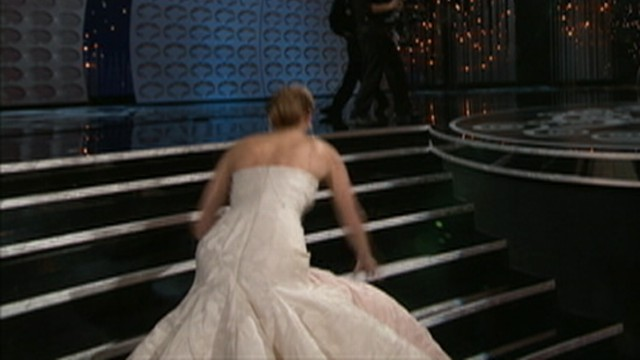 VIDEO: Jennifer Lawrence fell on her way to accept Oscar for Silver Lining's Playbook.
