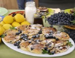 LEMON-SCENTED BLUEBERRY PANCAKES