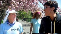 PHOTO Robin Roberts shows support for Lisa Smith-Batchen and Sister Mary Beth Lloyd as they raise money for AIDS orphans.