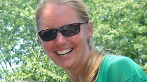 PHOTO Officials at the Knoxville zoo now believe elephant handler Stephanie Jamess death, was a tragic accident.