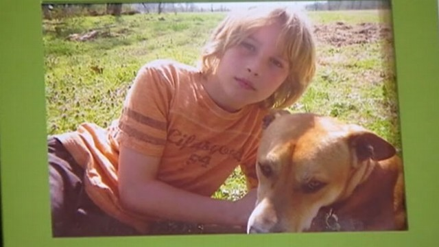 VIDEO: Parents adopt rescue dog to help 9-year-old conquer his fears.