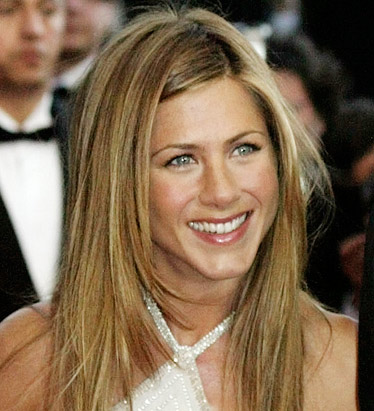 Actress Jennifer Aniston donated $2,300 to Sen. Barack Obama in the first quarter -- giving the maximum an individual can contribute to a presidential candidate for the primary election.
