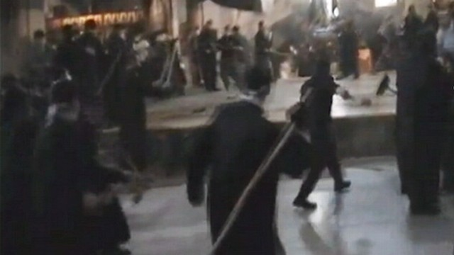 VIDEO: Dozens of monks from rival clergy fought with brooms over cleaning feud.