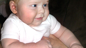 PHOTO Overweight baby gets health insurance.