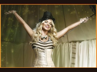 Brit's B-day Gift to Fans: World Tour