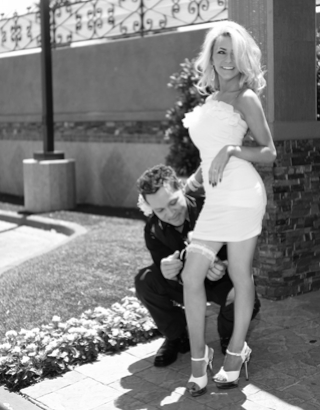 Doug Hutchison And Courtney Stoddens Wedding Picture