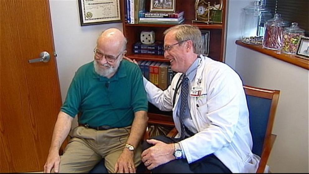 VIDEO: Doctor Rushed Into Emergency Surgery Finds Out Patient Is His Mentor