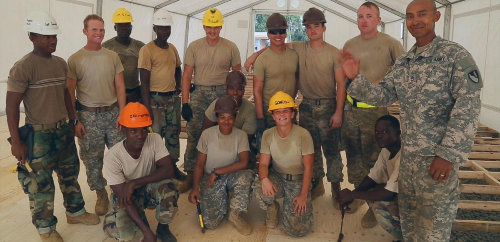 VIDEO: US Soldiers Give Christmas Present to Liberia