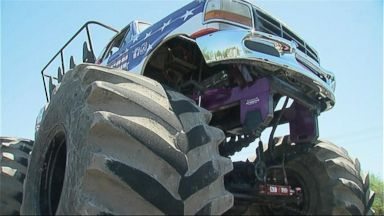 VIDEO: Big Trucks Pay Tribute to Toddler in Arizona