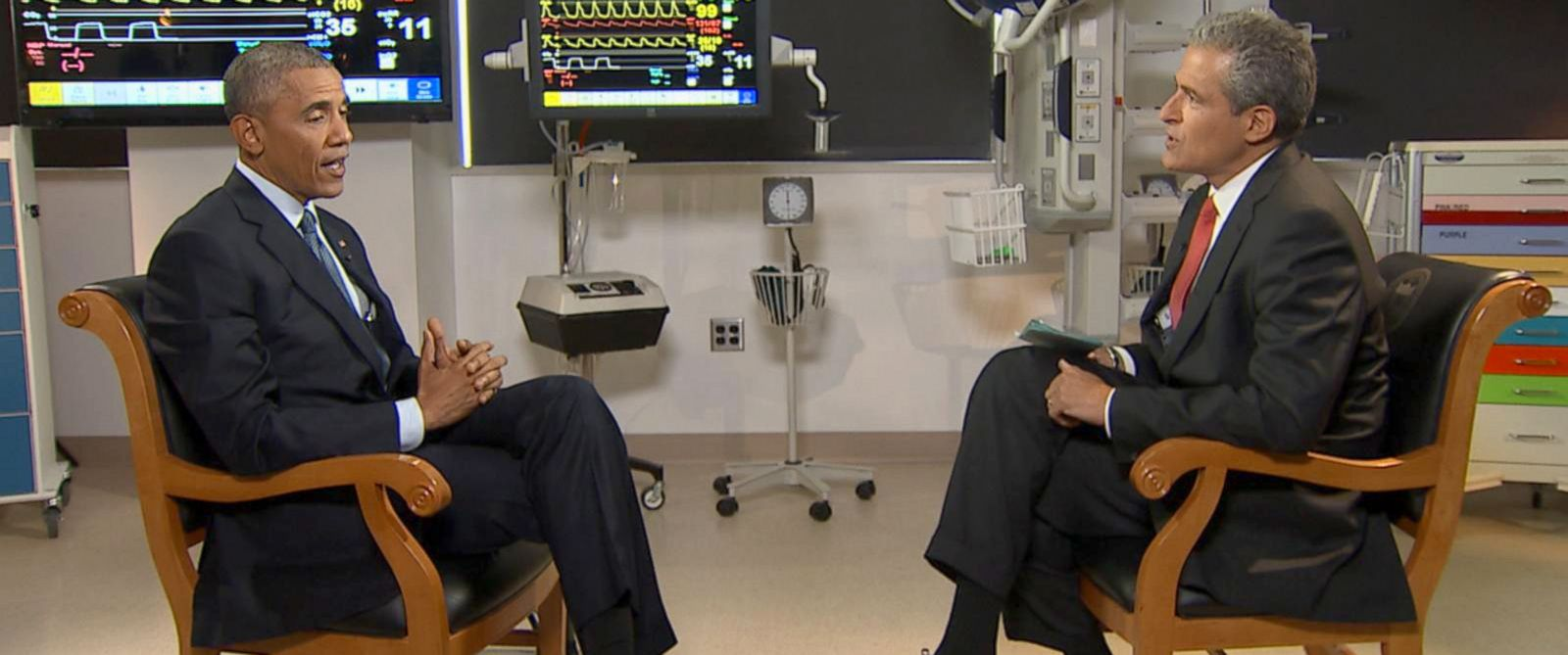 PHOTO: ABC News Dr. Richard Besser interviews President Obama.