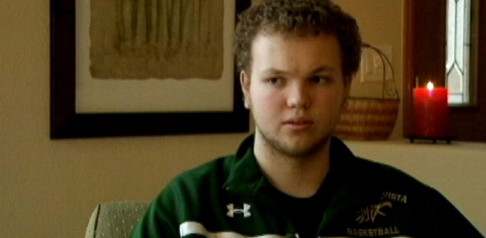 PHOTO: Mountain Vista High School student Bailey Roby, who has two prosthetic legs.