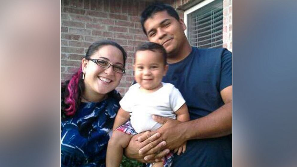 PHOTO: Marlise Munoz and Erick Munoz with their 1-year-old son, Mateo.