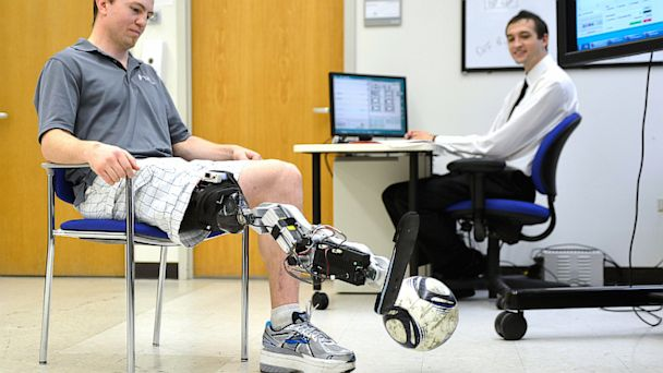 AP bionic leg soccer nt 130926 16x9 608 Amputee Controls Prosthetic Leg With His Mind
