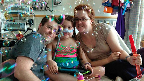 AP sarah murnaghan jef 130826 16x9 608 Sarah Murnaghan, 11, to Go Home After Lung Transplants