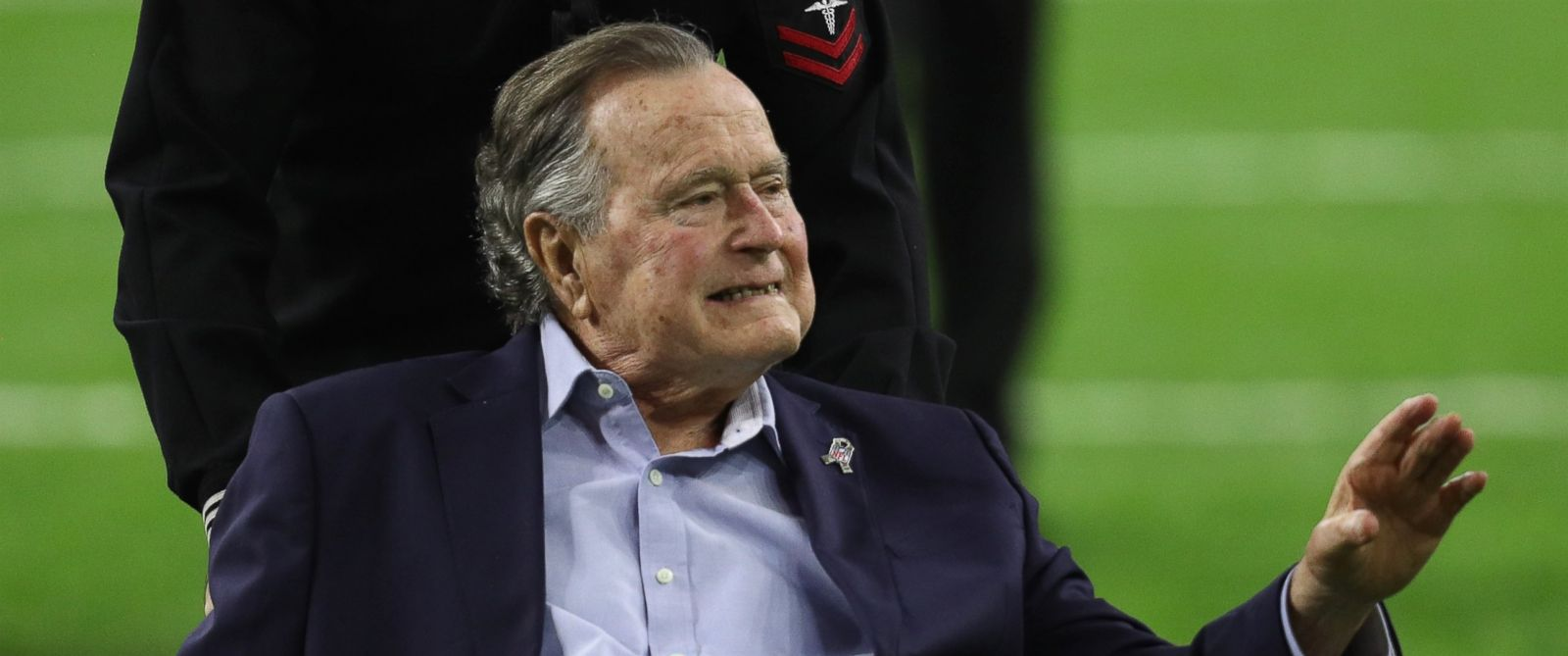 PHOTO: President George H.W. Bush arrives for the coin toss prior to Super Bowl 51 between the Atlanta Falcons and the New England Patriots, Feb. 5, 2017, in Houston, Texas.