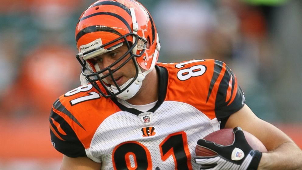 PHOTO: Former NFL tight-end Ben Utecht, pictured in this 2008 file photo, testified before the Senate Committee on Aging today about how his traumatic brain injury has led to memory loss.