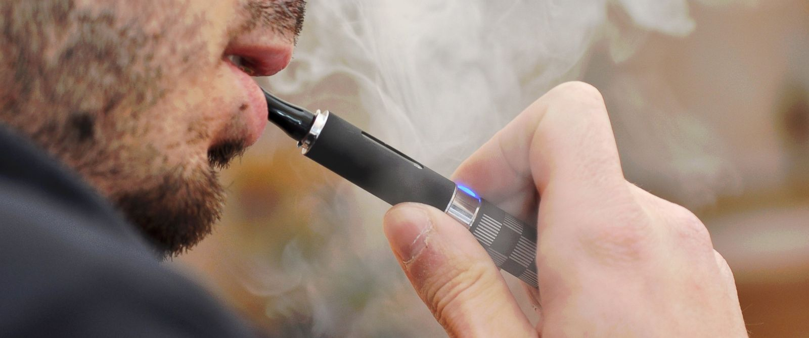 PHOTO: The science is mixed on whether e-cigarettes help or harm.