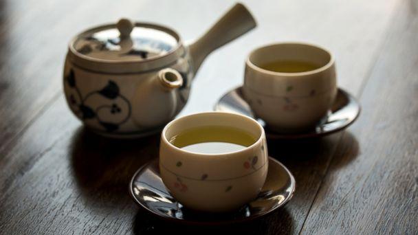 PHOTO: Green tea my help fight allergies.