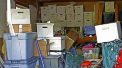 PHOTO: Here are some things to know about compulsive hoarding.