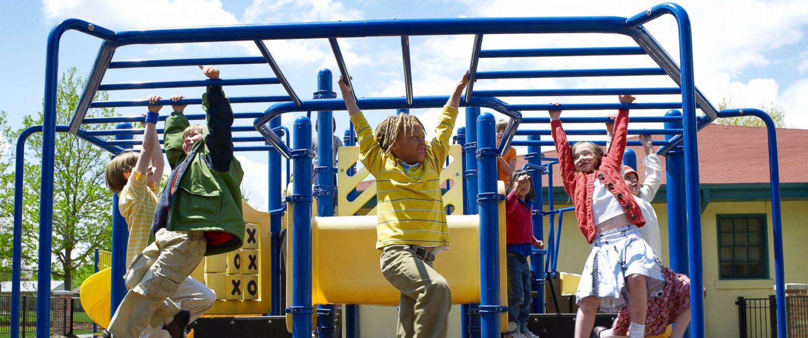 PHOTO: Study says playground related head injuries are on the rise.