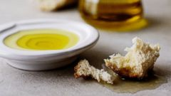 PHOTO: Fix your olive oil mistakes and learn how to use it correctly.