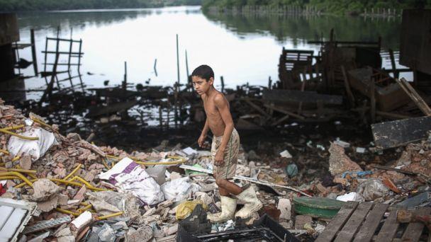 http://a.abcnews.com/images/Health/GTY_rio_water1_ml_150731_16x9_608.jpg