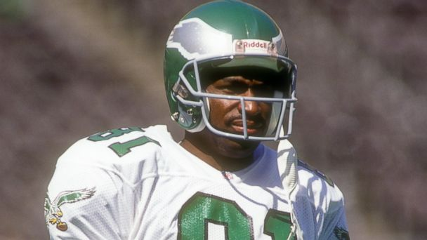 PHOTO: Roy Green #81 of the Philadelphia Eagles looks on before a football game against the Dallas Cowboys, September 15, 1991 at Veterans Stadium in Philadelphia, Penn.