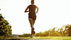 PHOTO: 3 Running Mistakes That Can Pack on Pounds