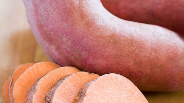 PHOTO: A study published in the Journal of the National Cancer Institute found that women who ate plenty of carotenoid-rich fruits and vegetables had a lower risk of developing certain types of breast cancer.