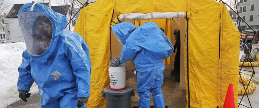 PHOTO: Members of the Portland Fire Department enter a decontamination tent during a hazmat training exercise n Portland, Ore. on Feb. 9, 2011.