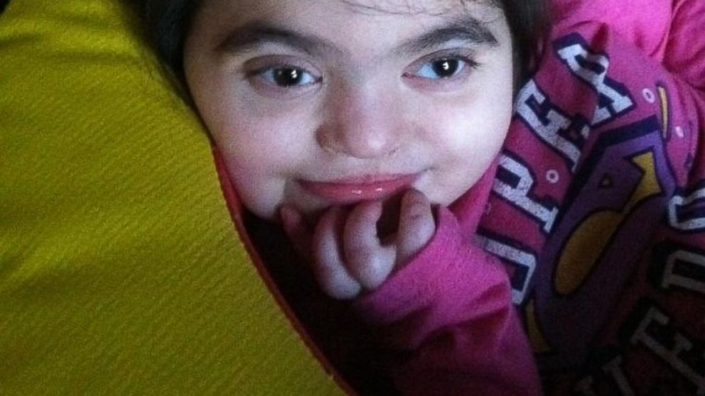 PHOTO: Amelia Mia Rivera needs a kidney transplant to live, but according to her mother, Childrens Hospital of Philadelphia has not recommended she be eligible.