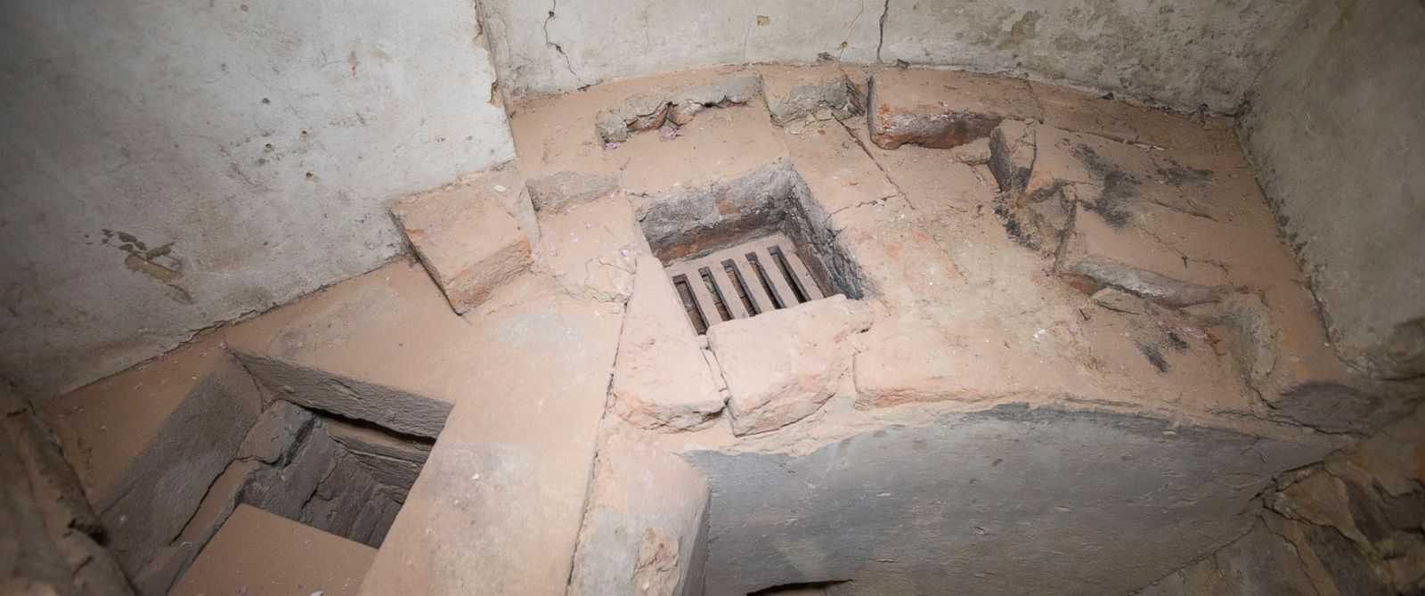 PHOTO: Thomas Jefferson created this specialty chemistry hearth for new experiments when he designed the University of Virginia rotunda.