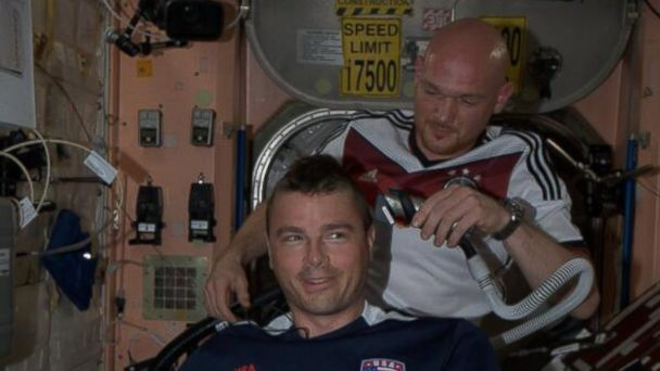 HT alexander gerst german astronut shave jt 140629 16x9 608 Astronauts Lose World Cup Bet and Get Heads Shaved in Zero Gravity