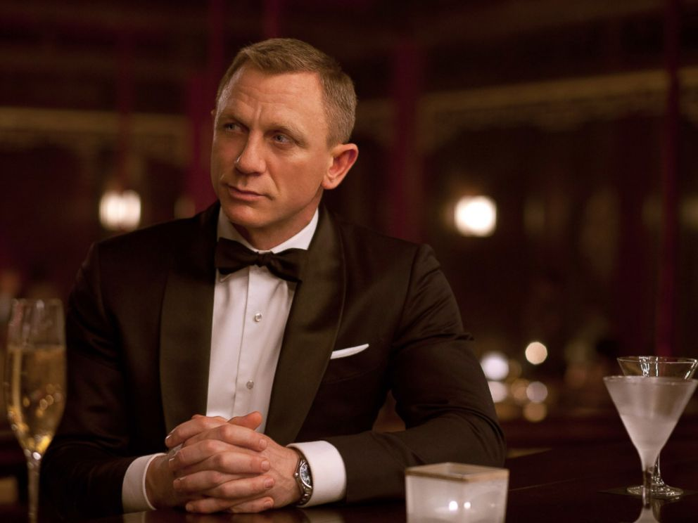 PHOTO: Daniel Craig portrays British spy James Bond in the movie version of Skyfall.