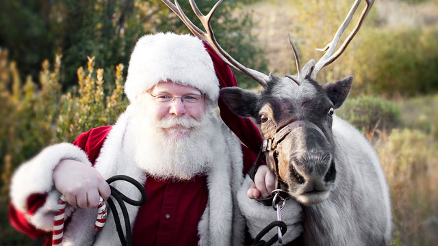 PHOTO: Jack Sanderson will make $16,000 playing Santa Claus for three weeks.