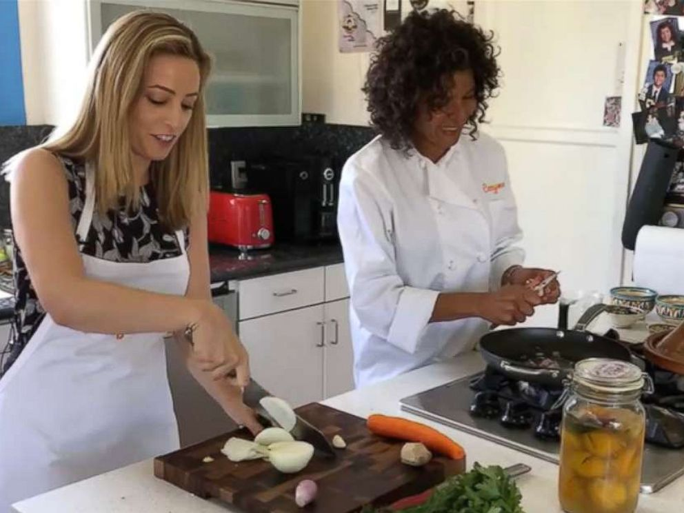 PHOTO: ABC News learns how to cook with healthy and fresh seasonal ingredients for summer.